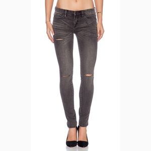 BLANK NYC Ripped Skinny Jeans